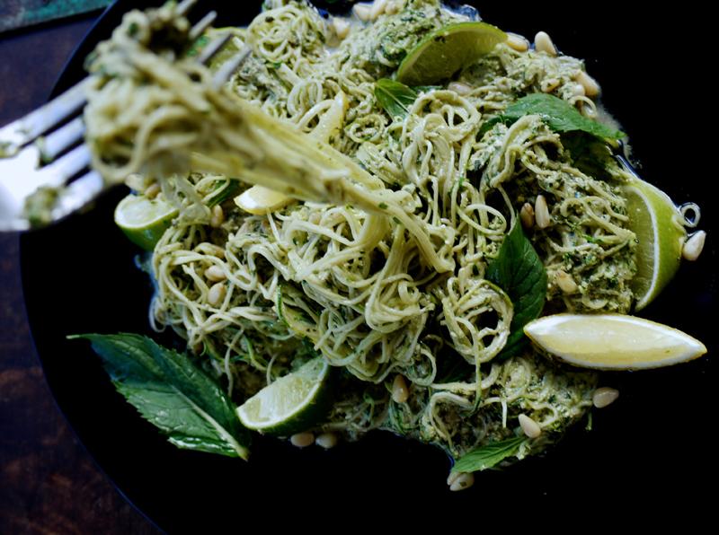 raw vegan zucchini pesto spaghetti